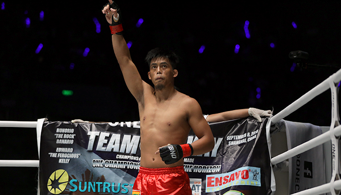 Honorio Banario Confident He'll Win 'All Out War' With Shannon Wiratchai