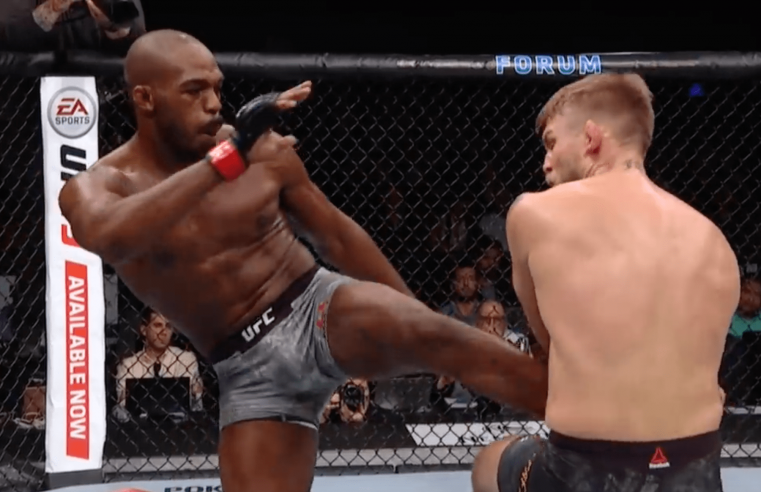 Watch UFC 232 Highlights In Slow Motion