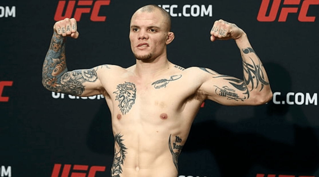 UFC: Anthony Smith Fights Off Home Intruder