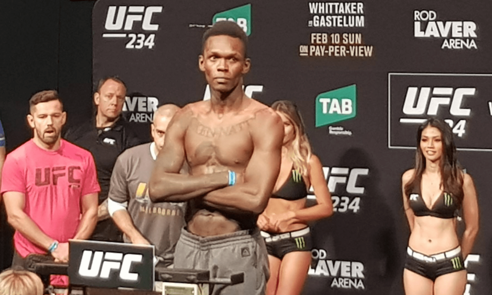 Israel Adesanya Breaks Down His Performance Against Anderson Silva