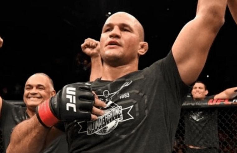 Junior dos Santos Gives His Take On Jon Jones's Chances At Heavyweight