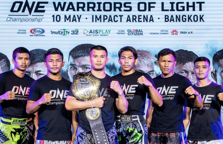 Muay Thai Superstars Take Part In ONE: Warriors Of Light Open Workout