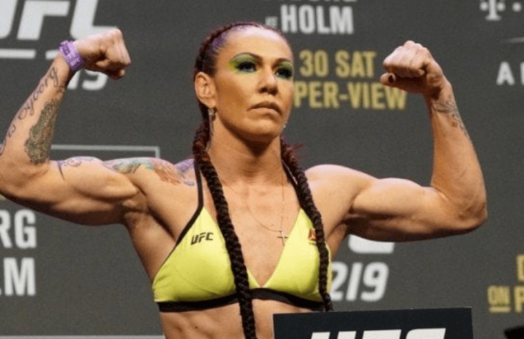 Cris Cyborg Says She Will Sign New Contract In A Month