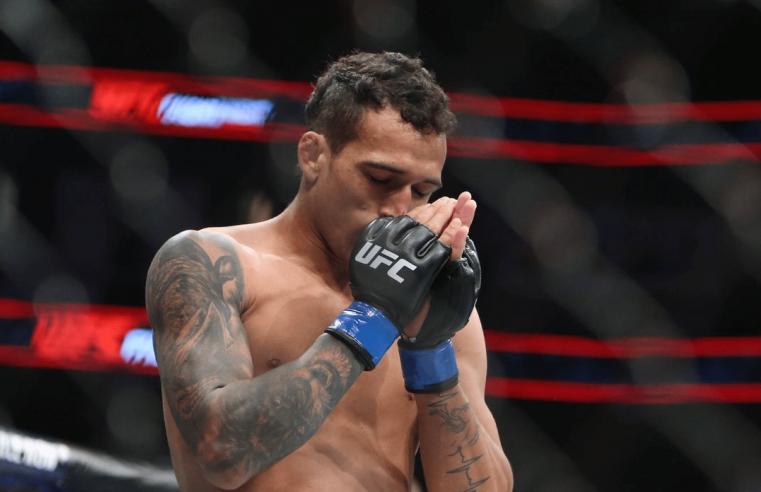 UFC: Charles Oliveira Argues His Case For Title Shot