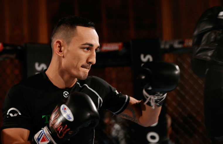 Max Holloway Would Love To Box Floyd Mayweather