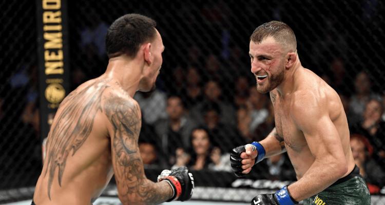 UFC 245 Alex Volkanovski vs Max Holloway