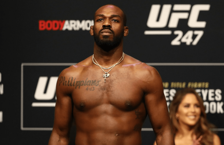 Jones Wants To End The GOAT Debate By Winning The UFC Heavyweight Belt